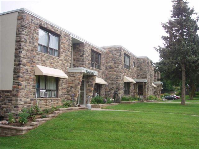 Condo Apartment at 65 First St, Unit B3, Orangeville, Ontario. Image 2