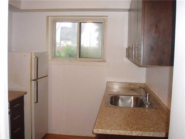 Condo Apartment at 65 First St, Unit B3, Orangeville, Ontario. Image 5