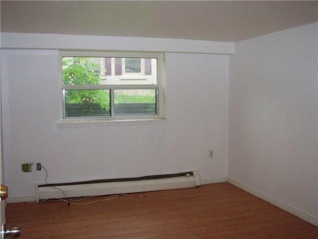 Condo Apartment at 65 First St, Unit B3, Orangeville, Ontario. Image 6