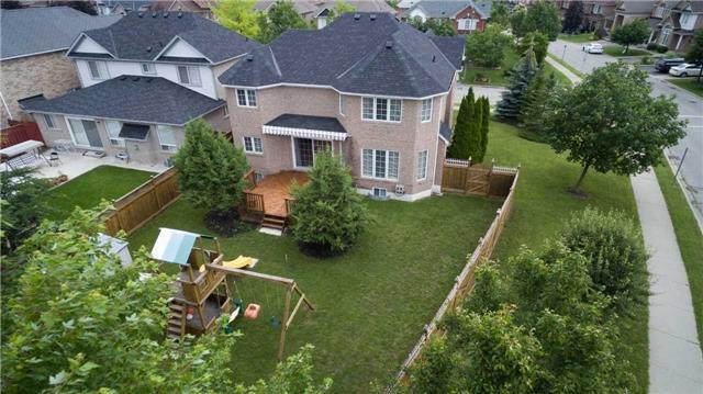 Detached at 2 Yukon Lane, Brampton, Ontario. Image 11
