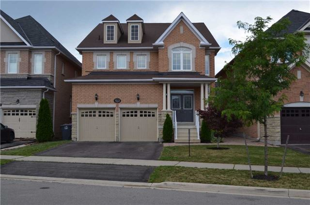 Detached at 3111 Seabright Dr, Mississauga, Ontario. Image 1