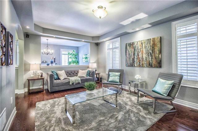 Detached at 3111 Seabright Dr, Mississauga, Ontario. Image 13
