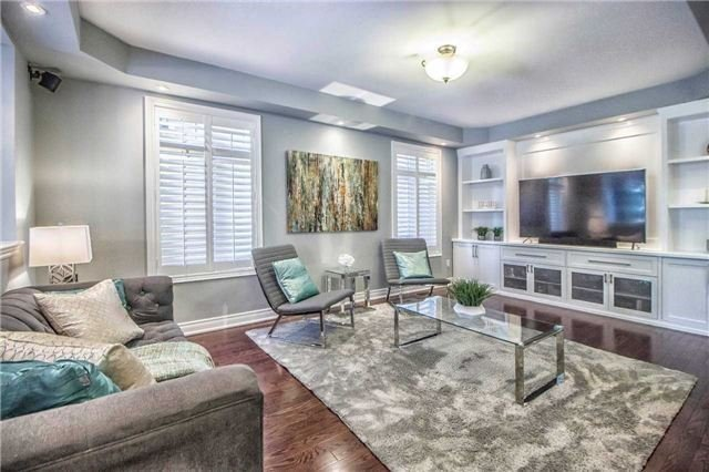 Detached at 3111 Seabright Dr, Mississauga, Ontario. Image 14