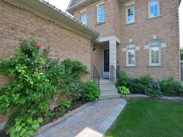 Detached at 5289 Middlebury Dr, Mississauga, Ontario. Image 12