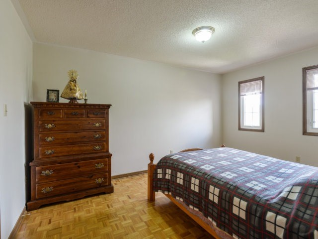 Detached at 5289 Middlebury Dr, Mississauga, Ontario. Image 5