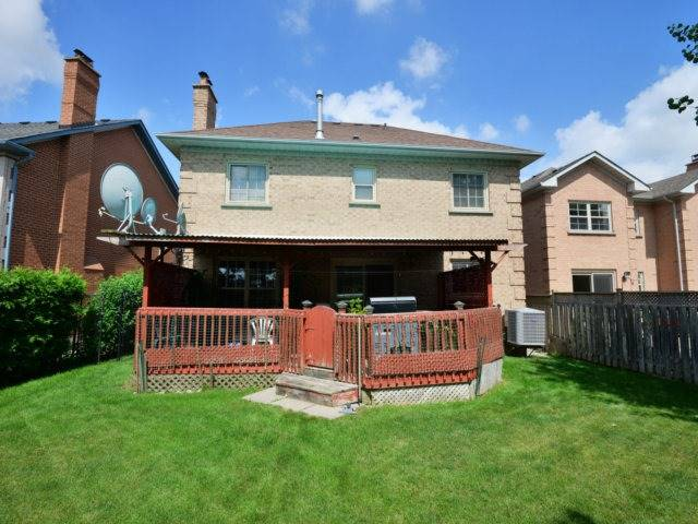 Detached at 5289 Middlebury Dr, Mississauga, Ontario. Image 13