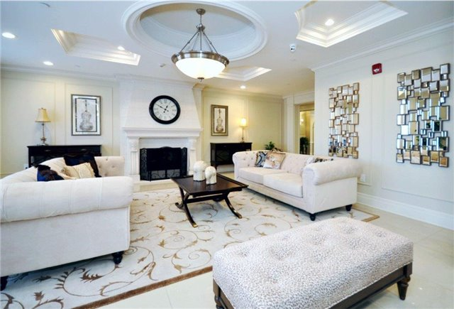 Condo Apartment at 2300 Upper Middle Rd W, Unit 125, Oakville, Ontario. Image 3