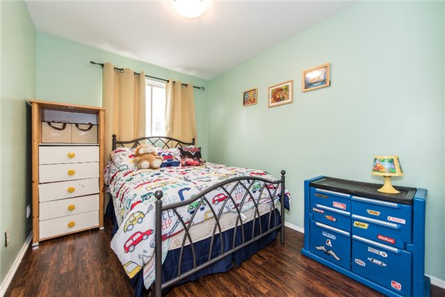 Condo Townhouse at 830 Westlock Rd, Unit 26A, Mississauga, Ontario. Image 8