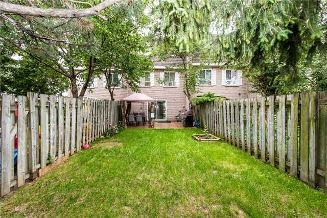 Condo Townhouse at 830 Westlock Rd, Unit 26A, Mississauga, Ontario. Image 13