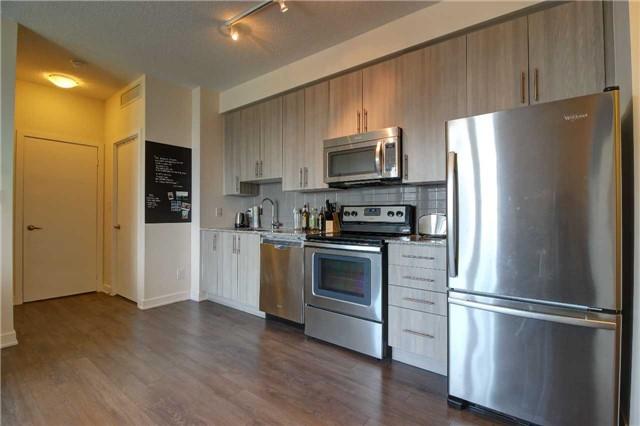 Condo Apartment at 4099 Brickstone Mews, Unit 2109, Mississauga, Ontario. Image 14