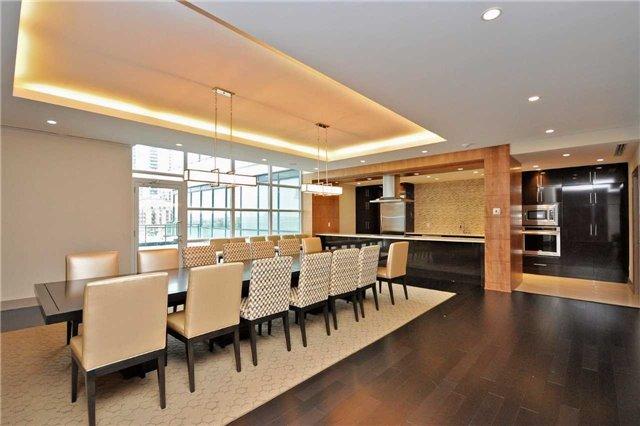 Condo Apartment at 4099 Brickstone Mews, Unit 2109, Mississauga, Ontario. Image 4