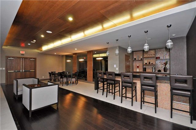 Condo Apartment at 4099 Brickstone Mews, Unit 2109, Mississauga, Ontario. Image 5