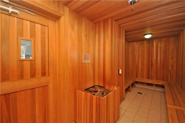 Condo Apartment at 4099 Brickstone Mews, Unit 2109, Mississauga, Ontario. Image 8