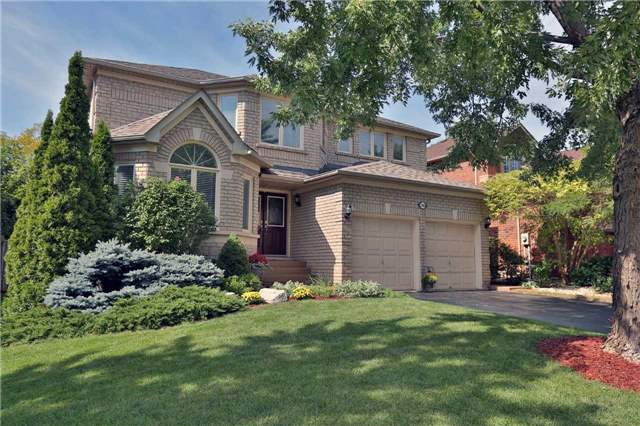 Detached at 2162 Meadowland Dr, Oakville, Ontario. Image 1