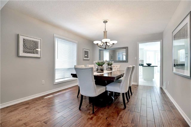 Detached at 2162 Meadowland Dr, Oakville, Ontario. Image 16