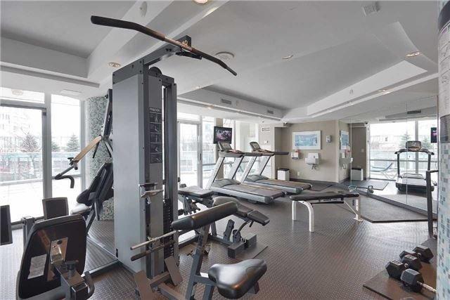 Condo Apartment at 3939 Duke Of York Blvd, Unit 2105, Mississauga, Ontario. Image 3