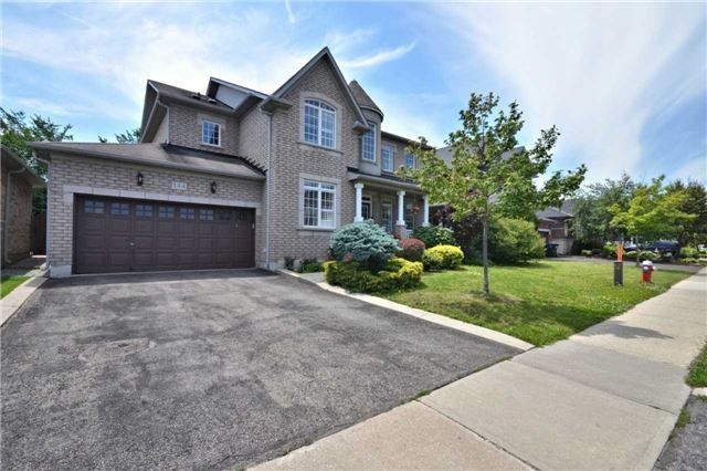 Detached at 144 Bonistel Cres W, Brampton, Ontario. Image 12