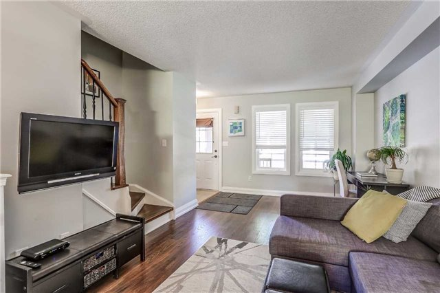 Townhouse at 2318 Saddlecreek Cres, Oakville, Ontario. Image 16