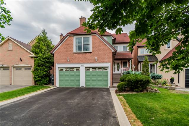 Detached at 4303 Mayflower Dr, Mississauga, Ontario. Image 1