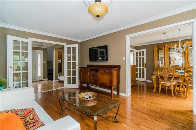 Detached at 4303 Mayflower Dr, Mississauga, Ontario. Image 15