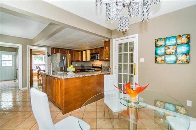 Detached at 4303 Mayflower Dr, Mississauga, Ontario. Image 17