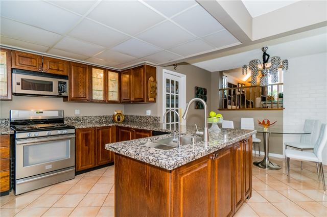 Detached at 4303 Mayflower Dr, Mississauga, Ontario. Image 18