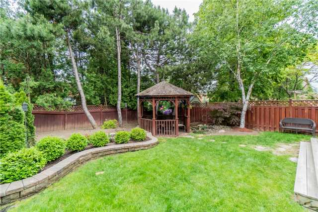 Detached at 4303 Mayflower Dr, Mississauga, Ontario. Image 11