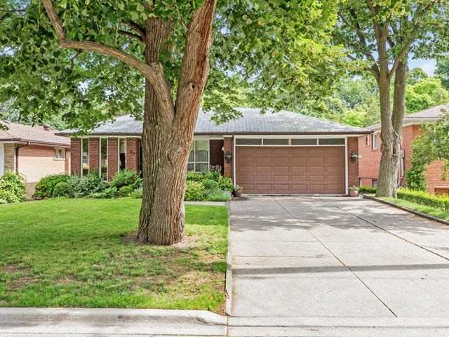 Detached at 27 Buxton Rd, Toronto, Ontario. Image 1