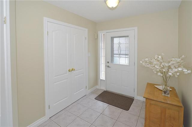 Townhouse at 4055 Forest Run Ave, Unit 62, Burlington, Ontario. Image 10