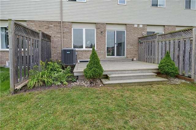 Townhouse at 4055 Forest Run Ave, Unit 62, Burlington, Ontario. Image 6