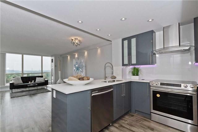 Condo Apartment at 1500 Grazia Crt, Unit 807, Mississauga, Ontario. Image 9