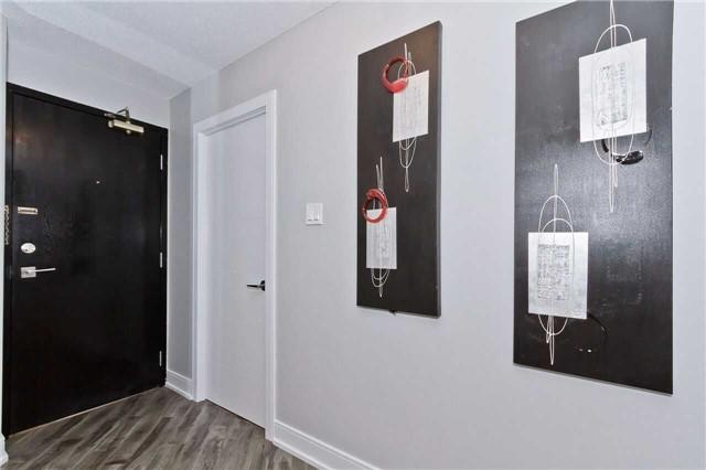 Condo Apartment at 1500 Grazia Crt, Unit 807, Mississauga, Ontario. Image 13