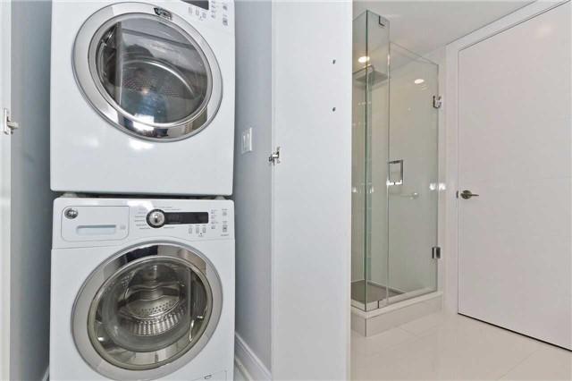 Condo Apartment at 1500 Grazia Crt, Unit 807, Mississauga, Ontario. Image 4