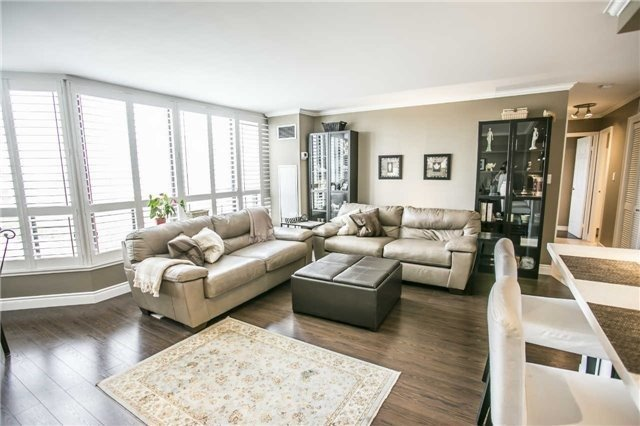 Condo Apartment at 200 Robert Speck Pkwy, Unit 1004, Mississauga, Ontario. Image 19