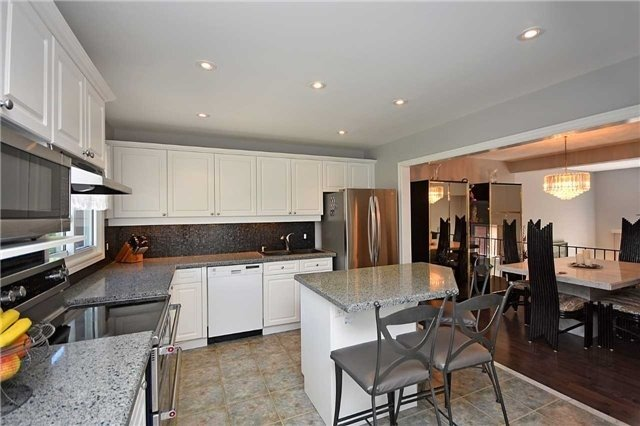 Condo Townhouse at 2145 Sherobee Rd, Unit 101, Mississauga, Ontario. Image 20