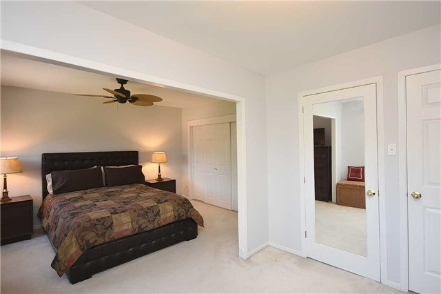 Condo Townhouse at 2145 Sherobee Rd, Unit 101, Mississauga, Ontario. Image 4