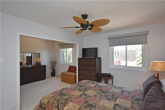Condo Townhouse at 2145 Sherobee Rd, Unit 101, Mississauga, Ontario. Image 6