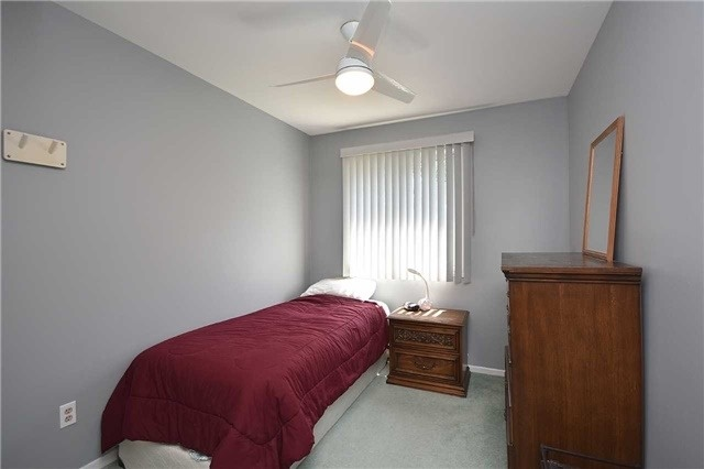 Condo Townhouse at 2145 Sherobee Rd, Unit 101, Mississauga, Ontario. Image 7