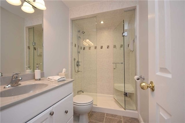 Condo Townhouse at 2145 Sherobee Rd, Unit 101, Mississauga, Ontario. Image 9