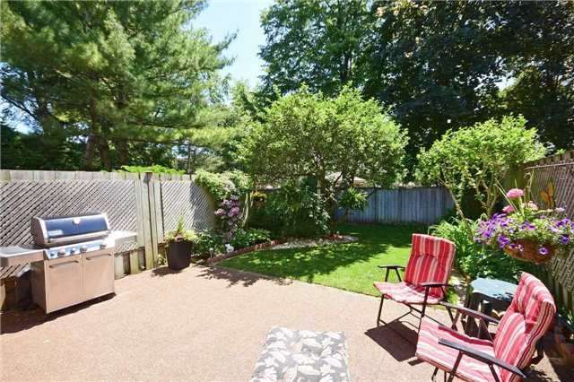 Condo Townhouse at 2145 Sherobee Rd, Unit 101, Mississauga, Ontario. Image 13