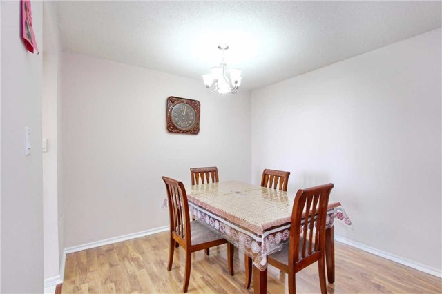 Condo Apartment at 30 Malta Ave, Unit 906, Brampton, Ontario. Image 17