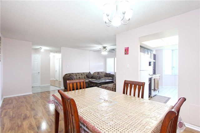 Condo Apartment at 30 Malta Ave, Unit 906, Brampton, Ontario. Image 18
