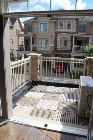 Townhouse at 2435 Greenwich Dr, Unit 32, Oakville, Ontario. Image 19