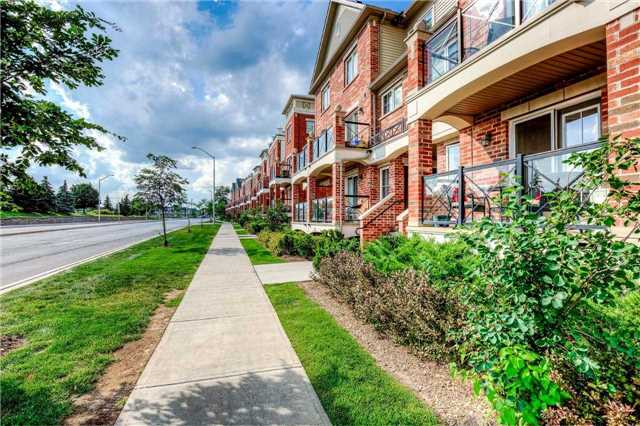 Condo Townhouse at 2551 Sixth Line, Unit 9, Oakville, Ontario. Image 12