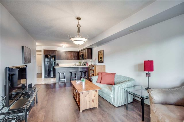 Condo Townhouse at 2551 Sixth Line, Unit 9, Oakville, Ontario. Image 17