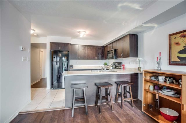 Condo Townhouse at 2551 Sixth Line, Unit 9, Oakville, Ontario. Image 18