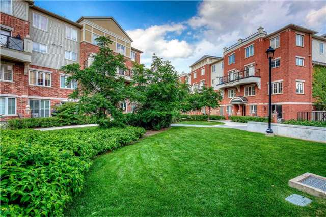 Condo Townhouse at 2551 Sixth Line, Unit 9, Oakville, Ontario. Image 10