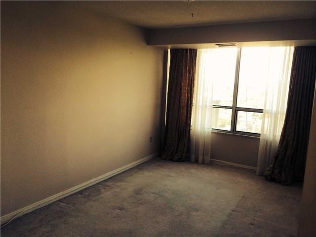 Condo Apartment at 1359 White Oaks Blvd, Unit 1607, Oakville, Ontario. Image 3