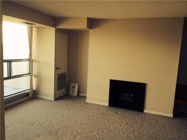 Condo Apartment at 1359 White Oaks Blvd, Unit 1607, Oakville, Ontario. Image 7