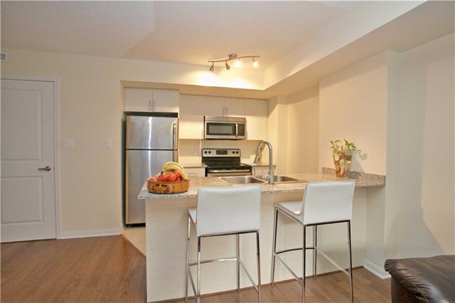Condo Townhouse at 13 Foundry Ave, Unit 140, Toronto, Ontario. Image 15